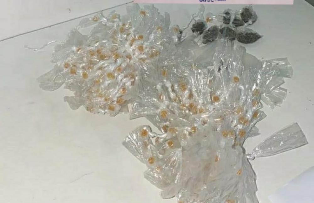 Oitocentas pedras de crack são apreendidas pela PM em Brotas