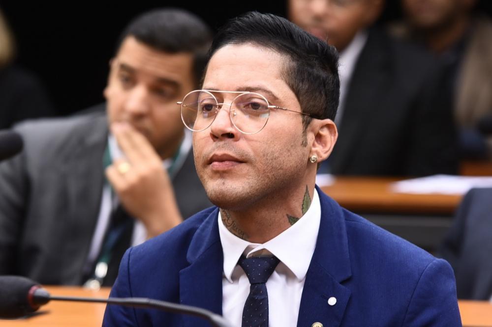 Kannário comemora aprovação de projeto de ações emergenciais para setor cultural na Câmara
