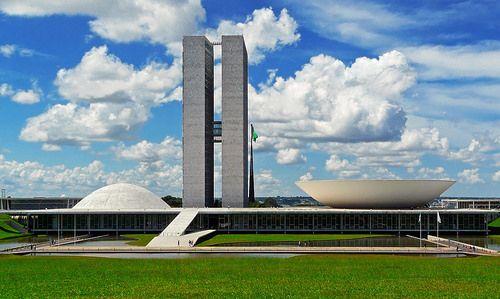 PSOL aciona STF para obrigar governo Bolsonaro a cumprir princípios constitucionais