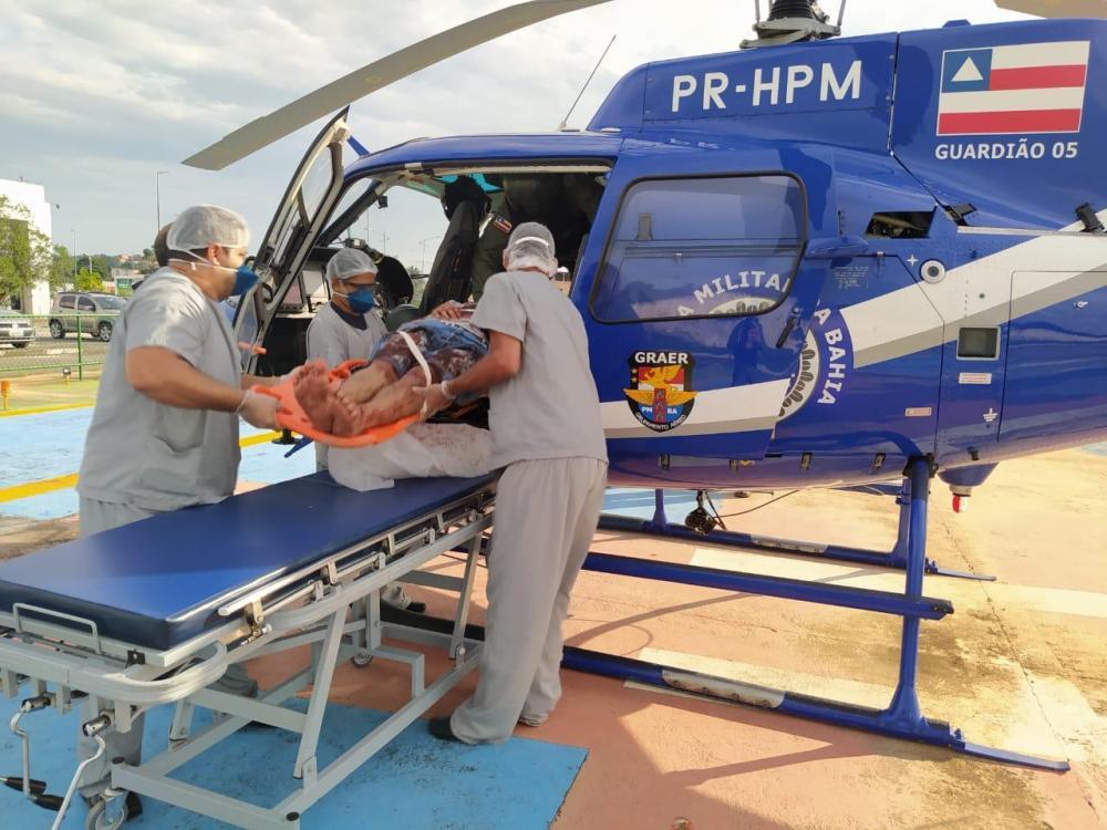 Graer resgata recém nascido vítima de acidente de carro